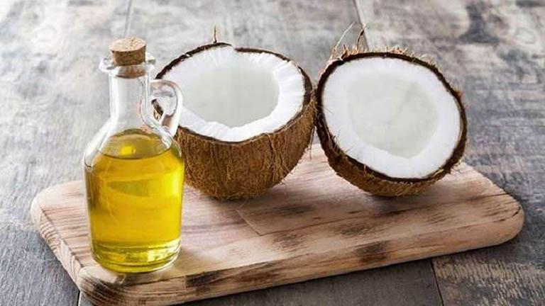 Dầu dừa giúp kháng khuẩn, giảm táo bón hiệu quả