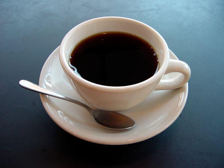 Người bệnh nên hạn chế dùng Cafe và các chất kích thích khi đang điều trị bệnh