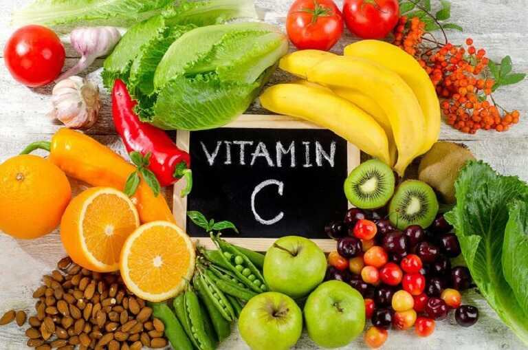 Ngoài việc dùng sản phẩm người bệnh cần tăng cường ăn hoa quả giàu vitmin C