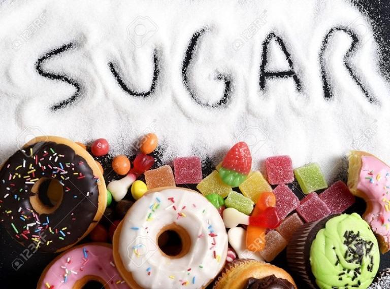 Sỏi thận kiêng gì? - Đường và thực ăn ngọt làm bệnh nặng hơn