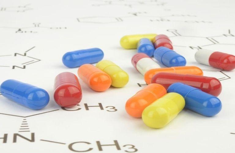 Một số loại thuốc ức chế acid dạ dày được kê đơn sử dụng trong điều trị nhiễm vi khuẩn HP