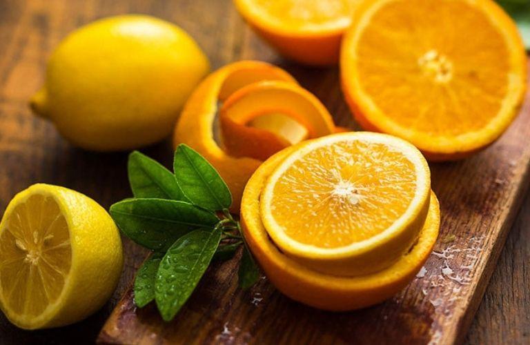 Cam chanh là những loại trái cây bệnh nhân viêm da cơ địa nên kiêng kị