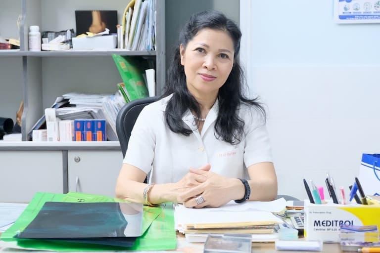 Bác sĩ Lê Anh Thư đã từng có thời gian công tác tại nhiều bệnh viện lớn