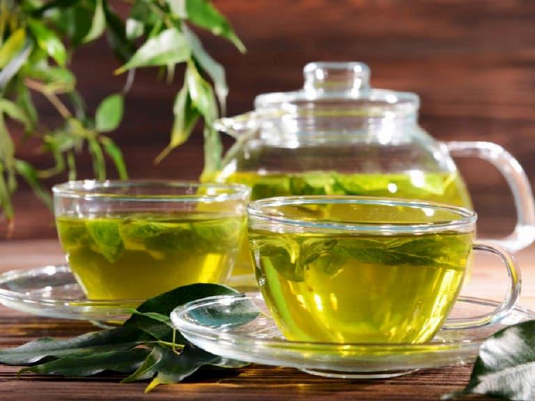 Cách chữa viêm đường tiết niệu tại nhà với trà xanh được nhiều người tin dùng