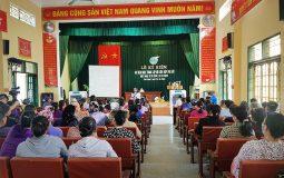 Ngay từ sáng sớm, bà con xã Thái Hưng đã có mặt tham gia hội thảo sức khoẻ của CTCP Bệnh viện Quân dân 102