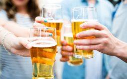 Sỏi thận uống bia được không? Lưu ý từ chuyên gia Tiết Niệu
