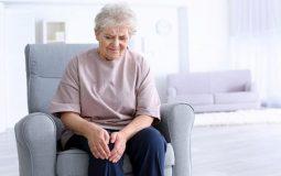 Cách chữa đau khớp gối ở người già tại nhà: 8 biện pháp đơn giản nhất