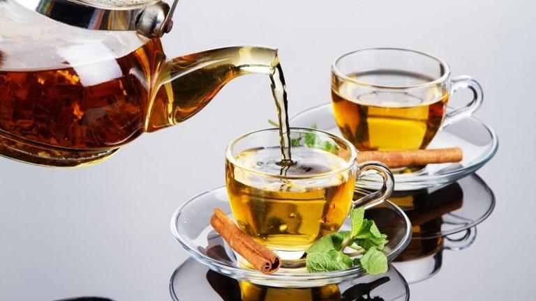 Chỉ với vài bước khá đơn giản bạn đã có ly trà tía tô chữa bệnh hiệu quả