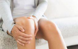 Đau khớp gối sau sinh: Nguyên nhân, triệu chứng và cách điều trị