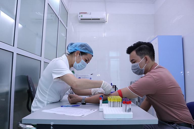 Người bệnh đánh giá về hiệu quả chữa mề đay tại Quân dân 102