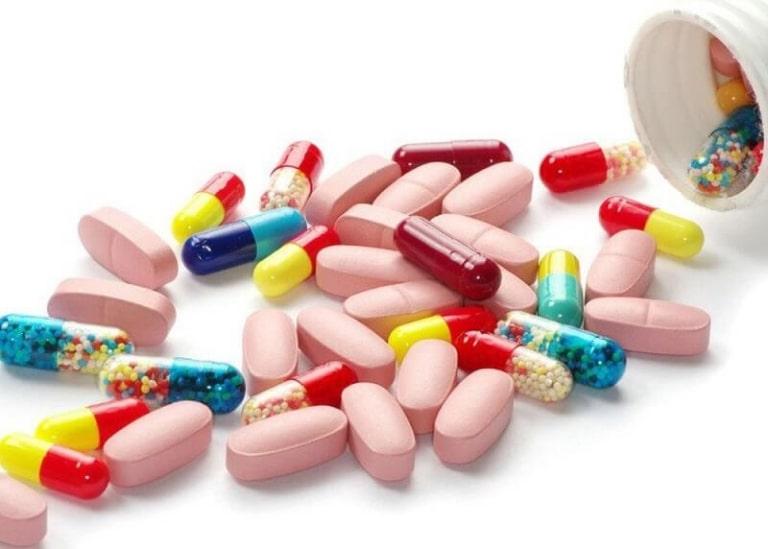 Các loại thuốc Tây thường gây nhiều tác dụng phụ nên cần dùng có sự chỉ định của bác sĩ