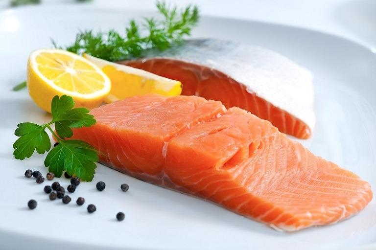 Cá béo chứa nhiều Omega giúp kháng viêm, ngăn cản quá trình oxy hóa