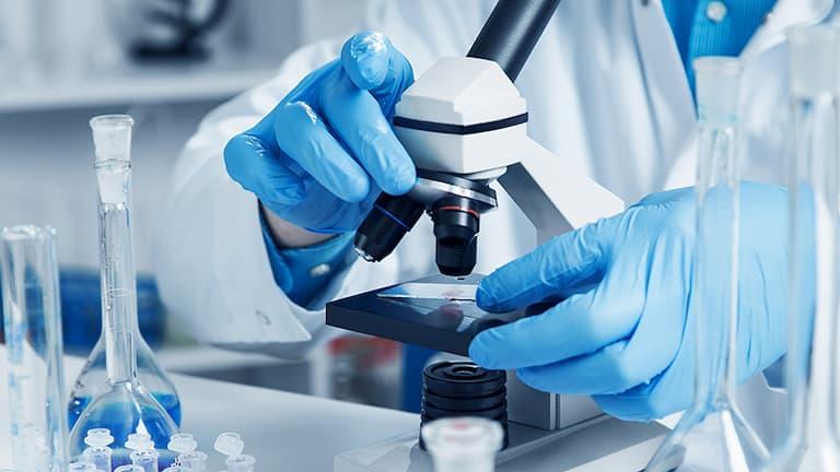 Sinh thiết là một trong các biện pháp chẩn đoán viêm da thần kinh