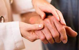Đau khớp ngón tay là bệnh gì? Phương pháp khắc phục triệt để