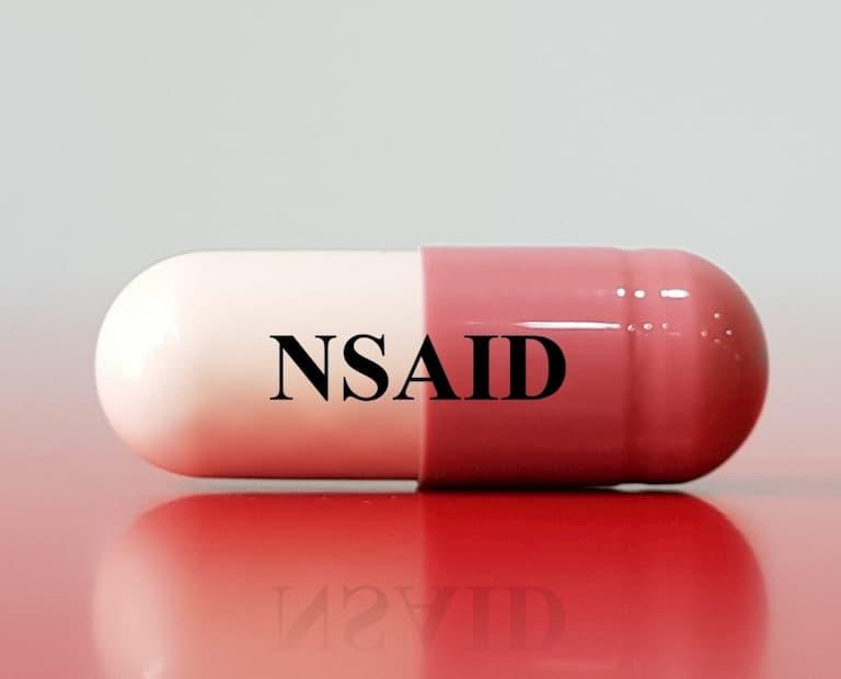 Thuốc chống viêm NSAIDs được sử dụng để giảm đau và giảm sưng tấy khớp ngón tay