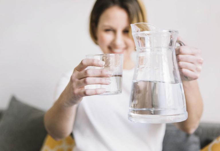 Nước có vai trò quan trọng đối với cơ thể con người