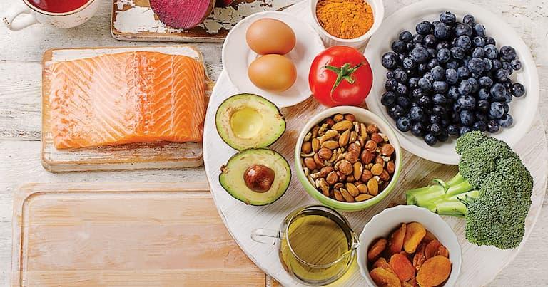 Người bệnh nên có một chế độ dinh dưỡng lành mạnh