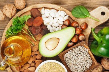 Thoát vị đĩa đệm nên ăn gì và kiêng ăn gì để người bệnh nhanh hồi phục?