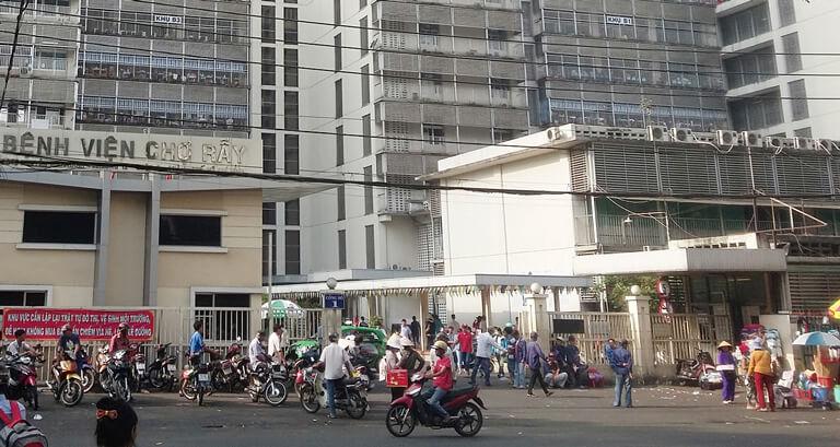Bệnh viện Chợ Rẫy là cơ sở y tế tuyến đầu tại khu vực miền Nam