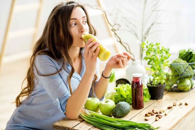 Người bệnh nên có chế độ ăn uống lành mạnh