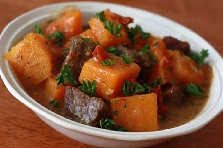 Canh thịt bò bí đỏ có cách thực hiện dễ dàng
