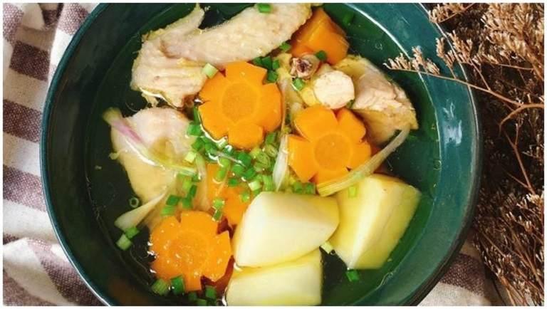 Canh gà hầm rau củ có cách thực hiện đơn giản