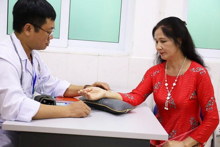 Nghệ sĩ Thanh Hiền đã chữa khỏi mề đay nhờ bài thuốc Tiêu ban hoàn bì thang