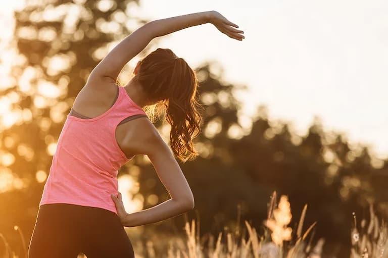 Tích cực tập thể dục thể thao giúp phòng tránh thoát vị đĩa đệm cột sống thắt lưng