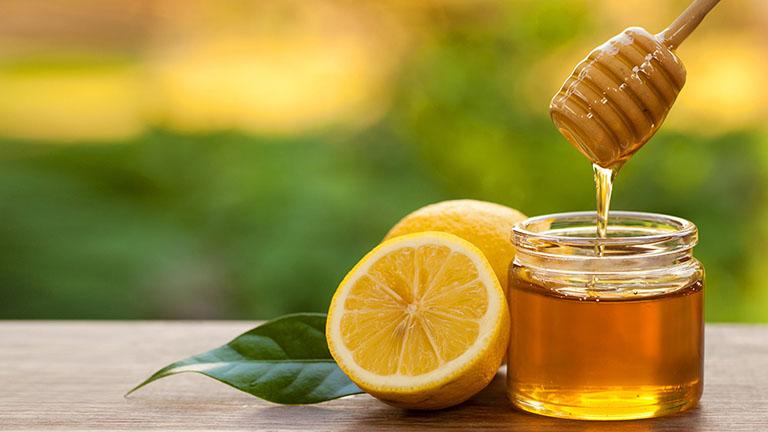 Cách chữa amidan cho trẻ tại nhà với mật ong