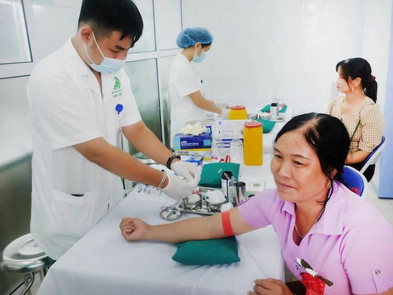 ngứa lòng bàn chân: nguyên nhân, cách Điều trị và phòng ngừa