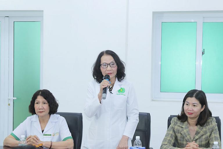 Bác sĩ Lê Phương cùng tham gia thực hiện đề án nghiên cứu giải pháp đặc trị mề đay