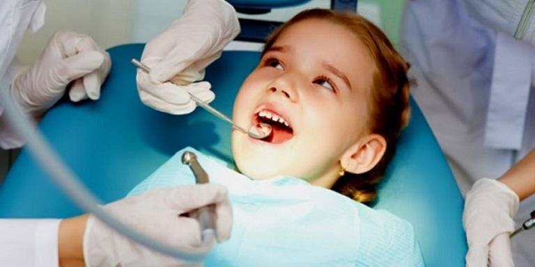 Lựa chọn cơ sở nha khoa uy tín sẽ đảm bảo được hiệu quả trị bệnh cao nhất và an toàn cho bé