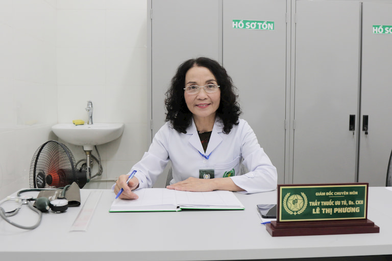 Bác sĩ Lê Phương- Giám đốc chuyên môn Tổ hợp y tế cổ truyền biện chứng Quân Dân 102