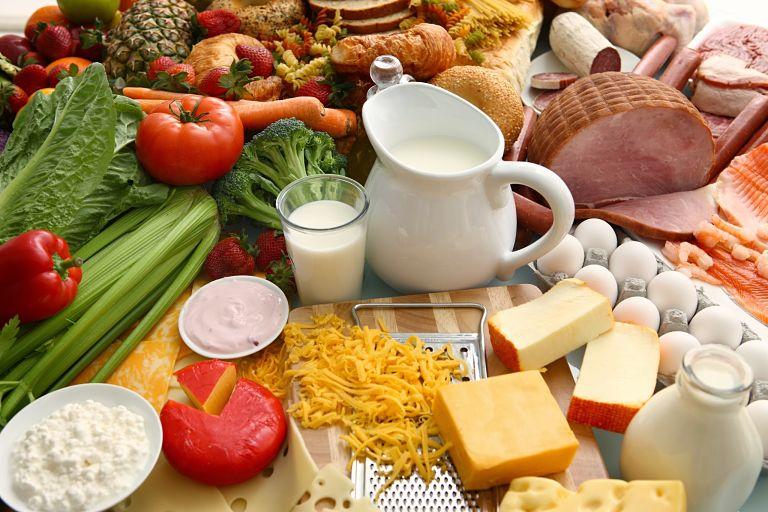 Bạn cần ăn nhiều rau củ, trái cây sau khi thực hiện