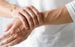 Viêm khớp dạng thấp là gì, dấu hiệu, cách điều trị tốt nhất