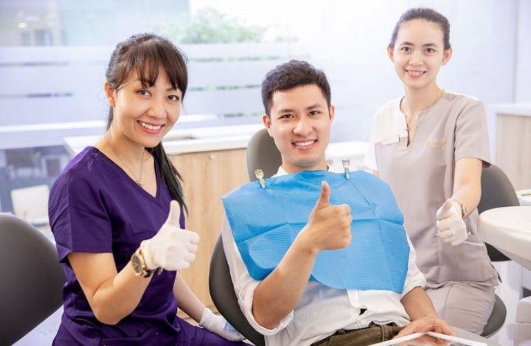Nha khoa Vidental là địa chỉ chuyên thực hiện trồng răng uy tín tại khu vực Hà Nội
