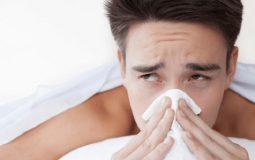 Viêm xoang không thở được khiến người bệnh mệt mỏi, khó chịu